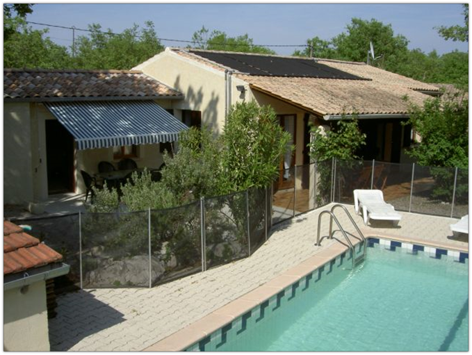 Location maison saisonniere auvergne avec piscine for Auvergne gites avec piscine